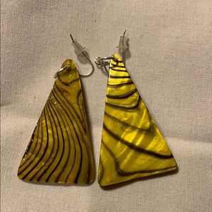 Jewelry - NEW Yellow and Black triangle earrings